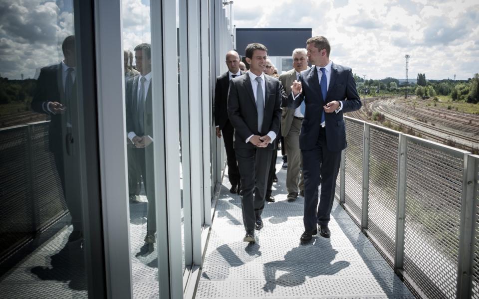Manuel Valls visite Garopôle