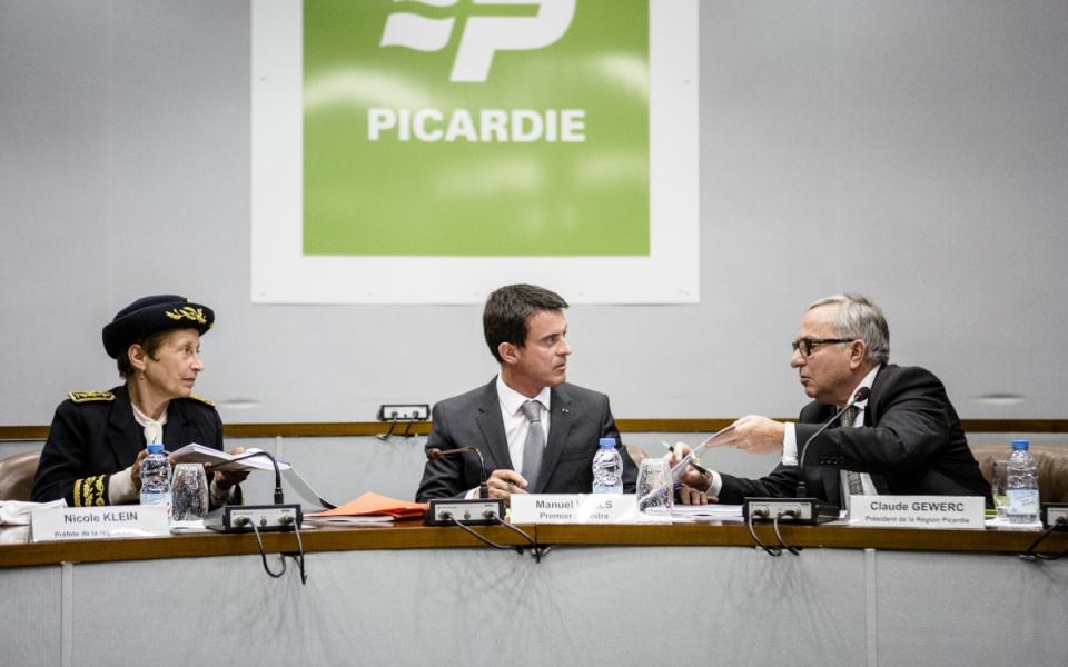 Manuel Valls lors de la signature du CPER Picardie à Amiens