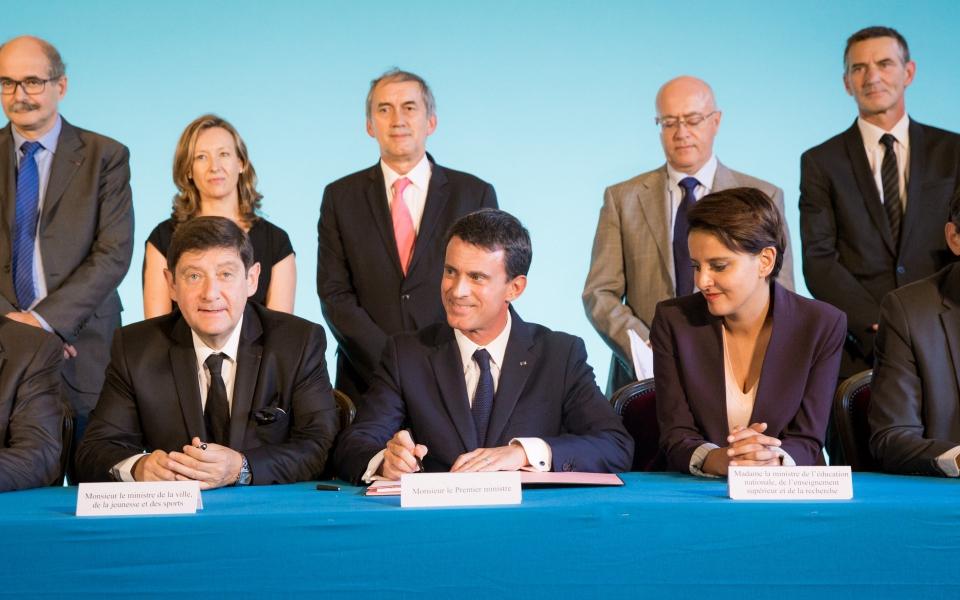 Signature du contrat de ville à l'Hôtel de ville d'Avignon