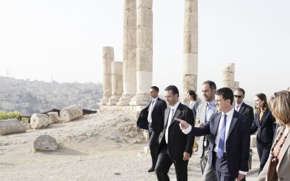Manuel Valls visite la citadelle d'Amman