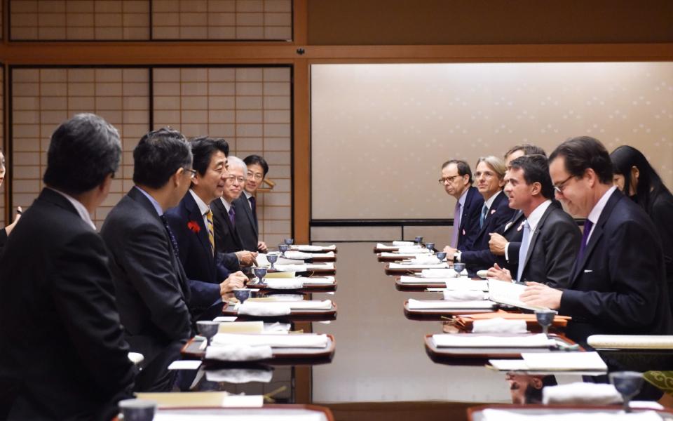 Manuel Valls lors du dîner à Kyoto