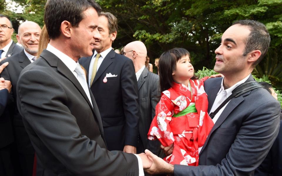 Manuel Valls rencontre la communauté française de Tokyo