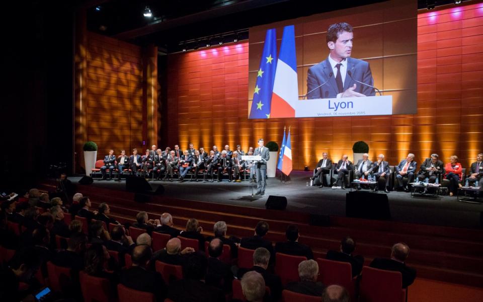 Discours de Manuel Valls au congrès qui a consacré la fusion de l'Association des maires de grandes villes de France et l'Association des communautés urbaines de France