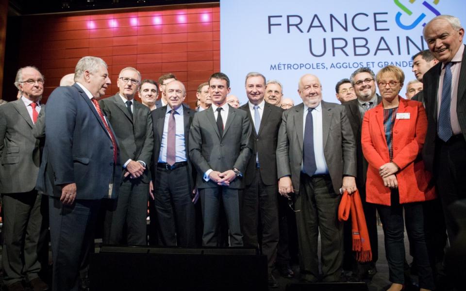 Manuel Valls au congrès qui a consacré la fusion de l'Association des maires de grandes villes de France et l'Association des communautés urbaines de France