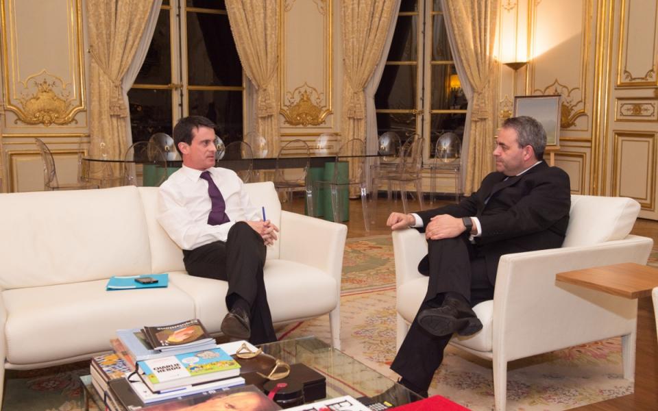 Entretien de Manuel Valls avec Xavier Bertrand, président du conseil régional de Nord-Pas-de-Calais-Picardie