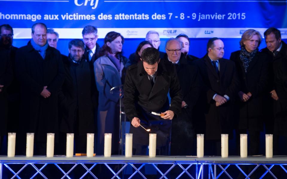 Manuel Valls lors de la cérémonie d'hommage aux victimes des attentats de janvier 2015