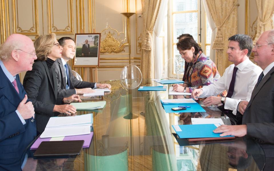 Entretien de Manuel Valls avec Valérie Pécresse, présidente du conseil régional d'Ile-de-France