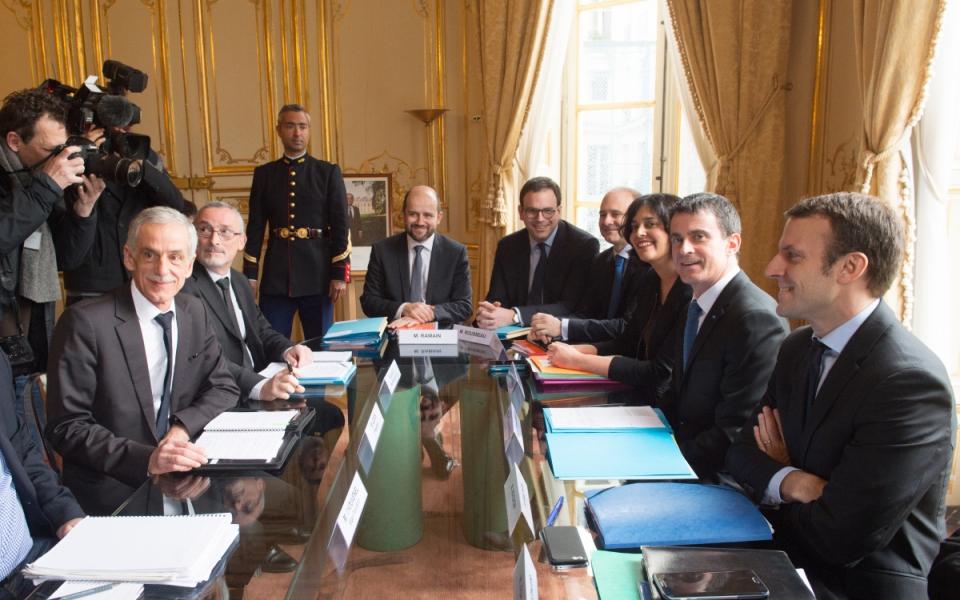 Manuel Valls s'entretient avec Philippe Louis, président de la CFTC