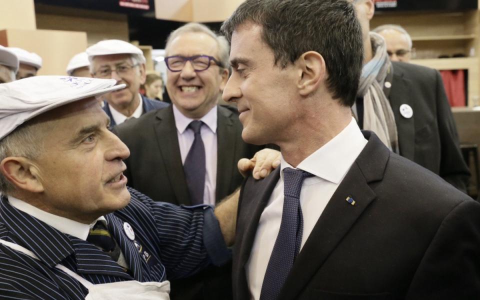 Manuel Valls rencontre les exposants du Salon international de l'agriculture