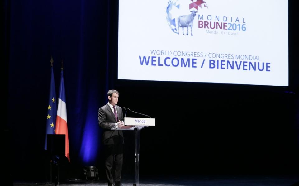 Allocution de Manuel Valls au Congrès mondial de la race Brune