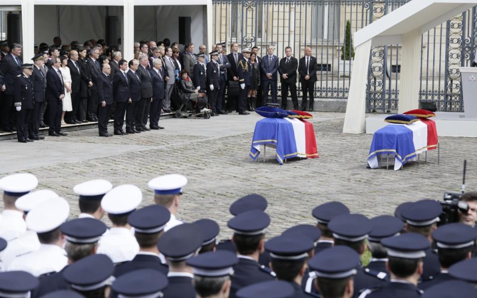 Cérémonie d'hommage aux deux policiers tués à Magnanville