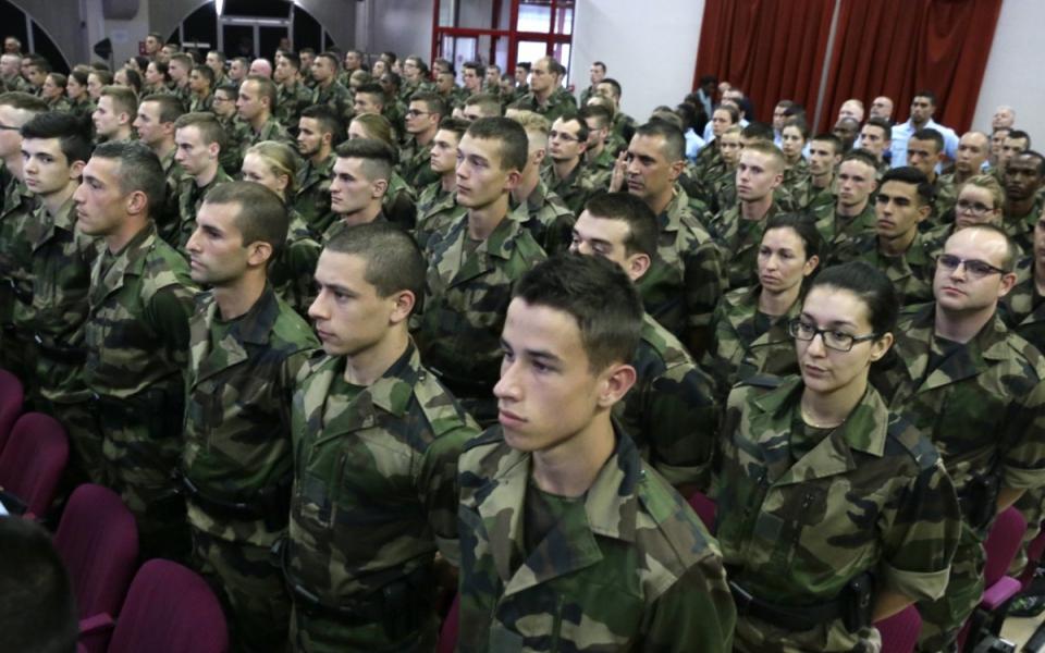 Ces jeunes réservistes seront immédiatement déployés sur le terrain, dans leur département de résidence, à l'issue de leur formation