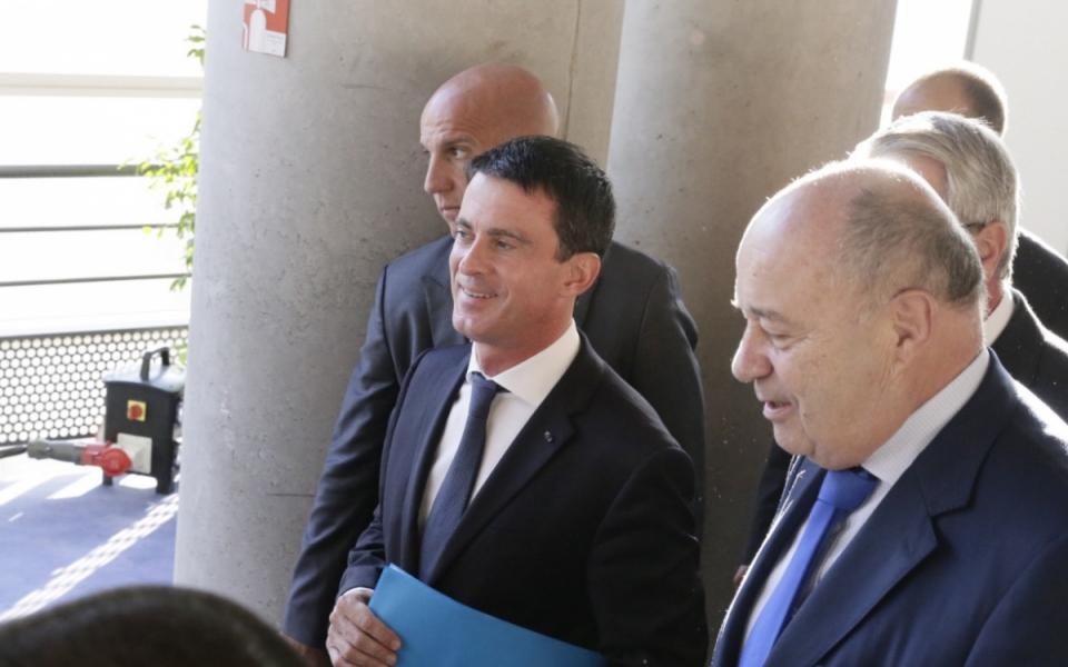 Manuel Valls et Jean-Michel Baylet, ministre de l'Aménagement du Territoire, de la Ruralité et des Collectivités Territoriales