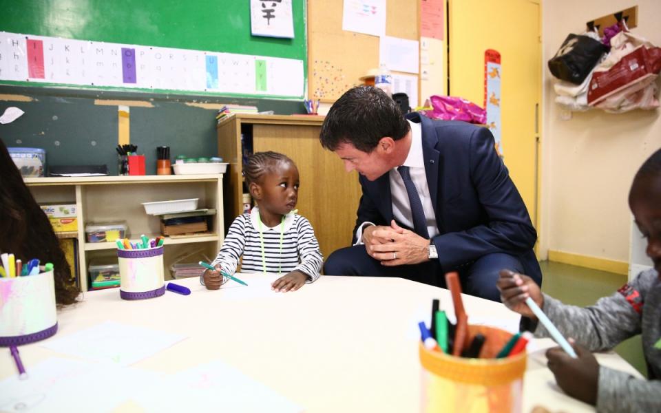 Manuel Valls à la rencontre des élèves