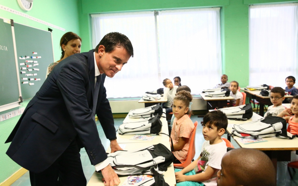 Le Premier ministre à la rencontre des élèves et des personnels éducatifs d'Evry