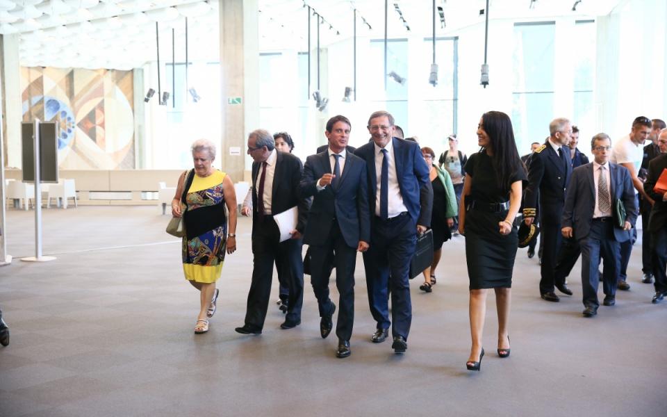 Arrivée du Premier ministre au Palais de la Musique et des Congrès
