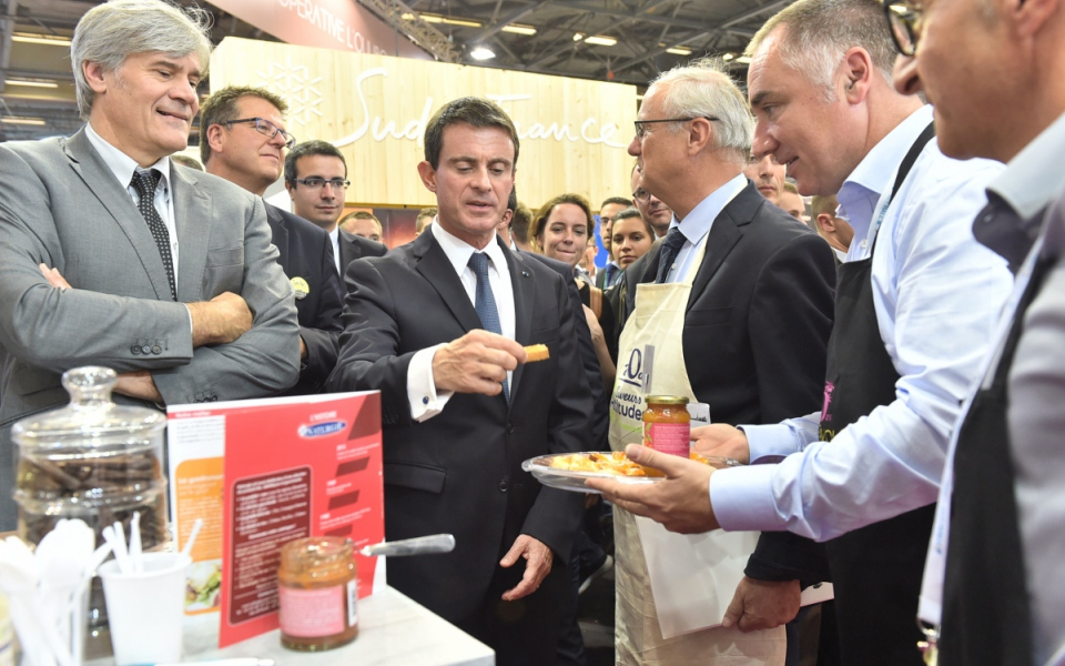 Le Premier ministre à la rencontre des exposants du Salon international de l'alimentation