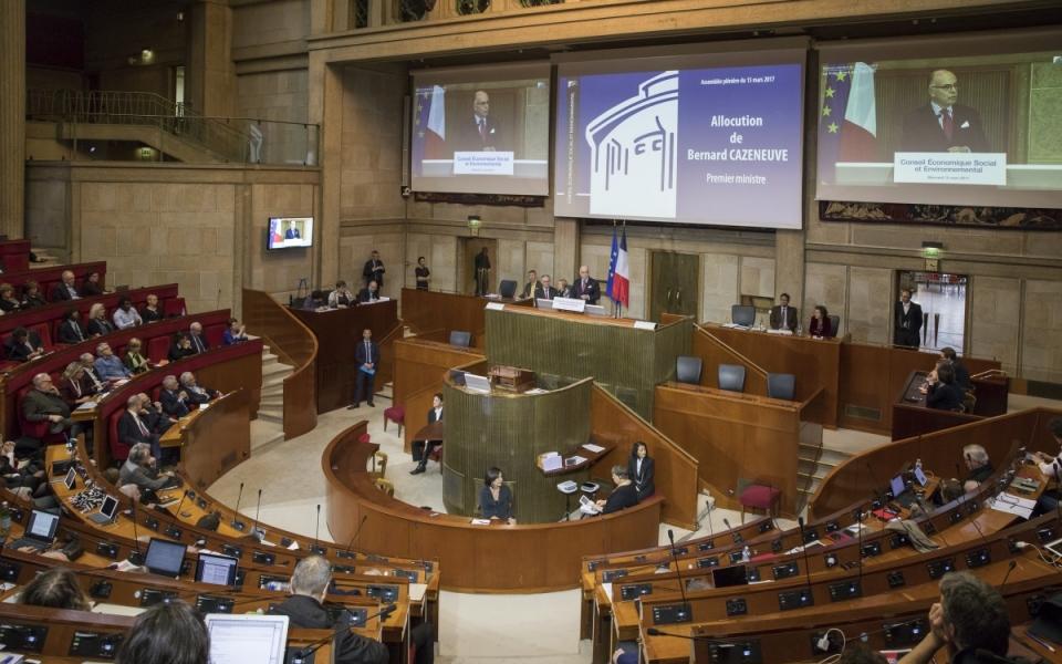 Bernard Cazeneuve s'exprime sur le rôle du CESE