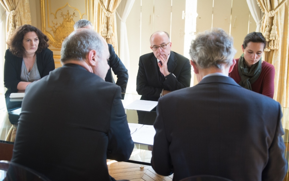 Bernard Cazeneuve et Bruno Le Roux se sont entretenus sur les évènements de ce jour