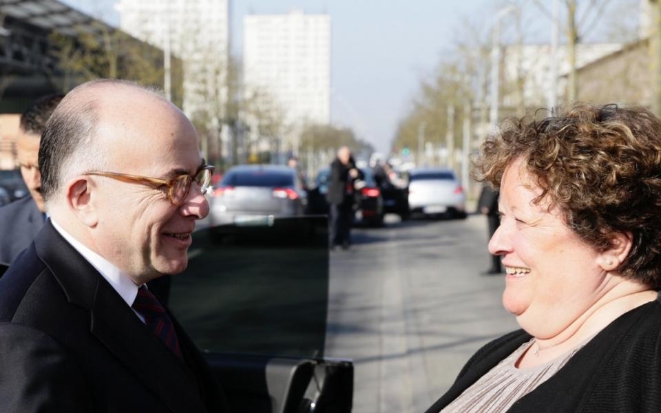 Arrivée du Premier ministre à Amiens, en présence du maire, Brigitte Fouré