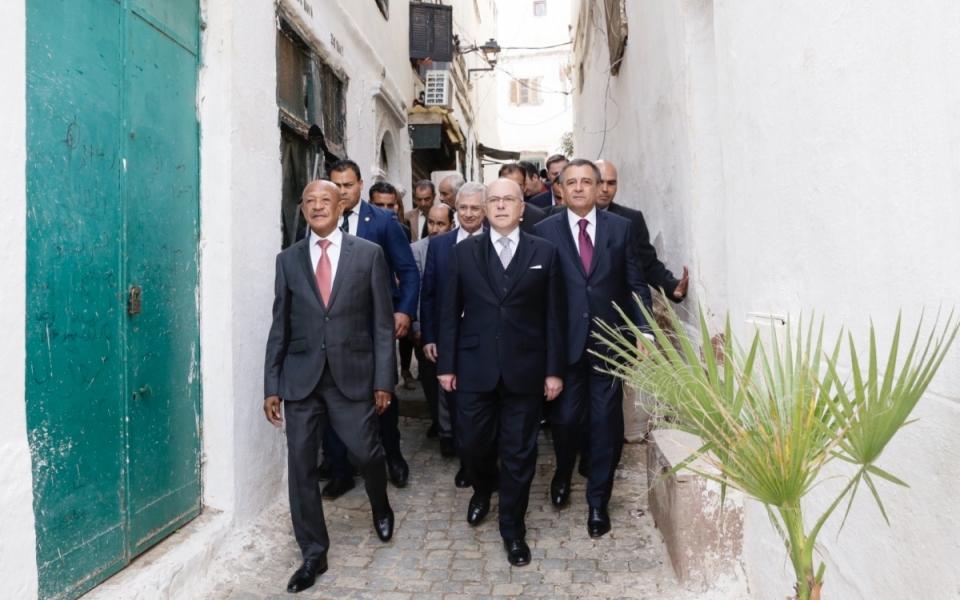 06/04 - Le Premier ministre dans les rues d'Alger