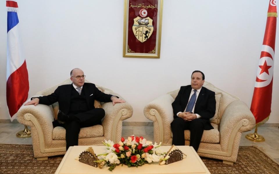06/04 - Accueil officiel du Premier ministre par le ministre des Affaires étrangères tunisien, Khemaies Jhinaoui