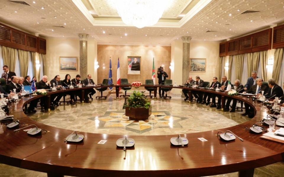 06/04 - Bernard Cazeneuve s'est entretenu avec Abdelmalek Sellal, Premier ministre algérien