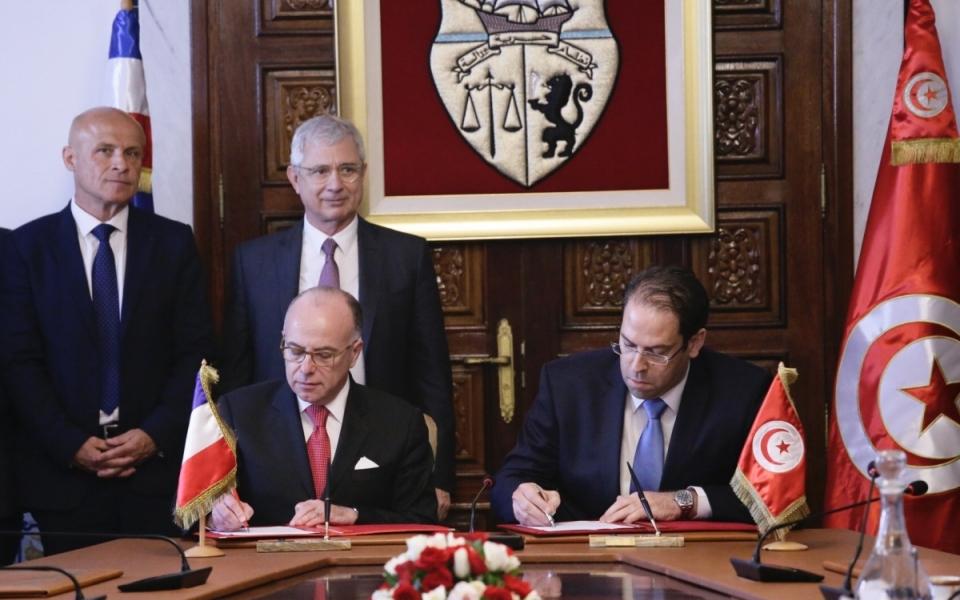 07/04 - Signature d'accords par les deux Chefs de gouvernement