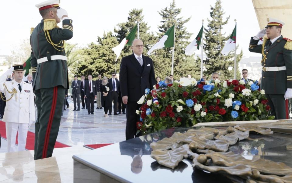 06/04 - Dépôt de gerbe au Monument des Martyrs