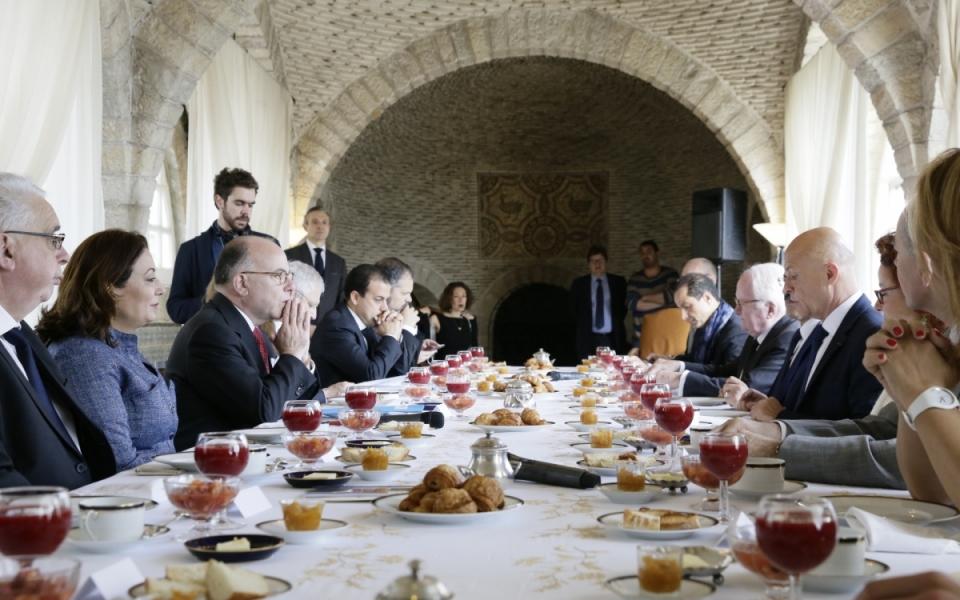 07/04 - Petit-déjeuner avec des acteurs de la société civile tunisienne