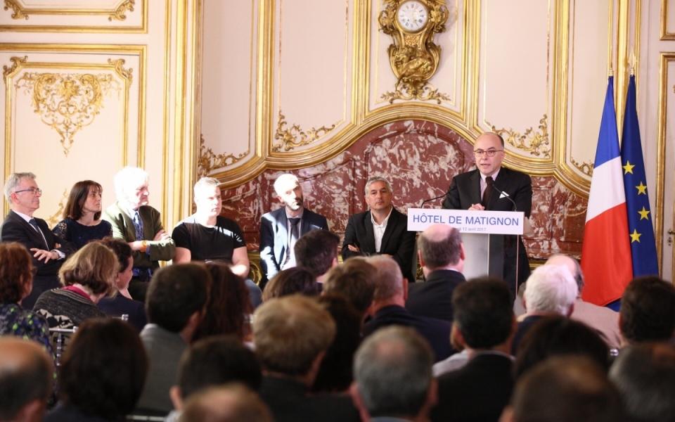 """Le Premier ministre a accueilli l'ensemble des acteurs du plan d'action """"Tous mobilisés pour vaincre le décrochage scolaire"""" à l'Hôtel de Matignon"""