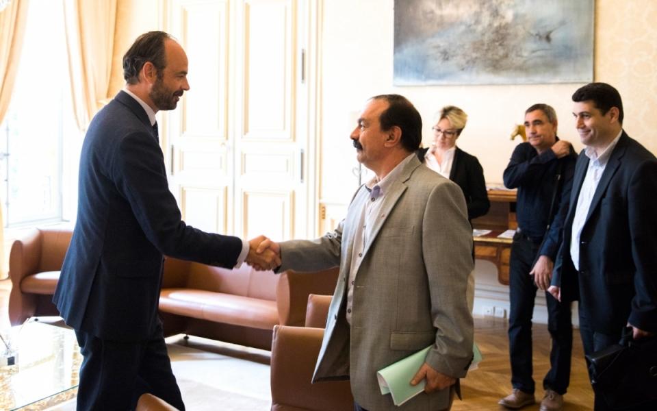 Philippe Martinez, secrétaire général de la CGT, accueilli par Édouard Philippe - lundi 29 mai