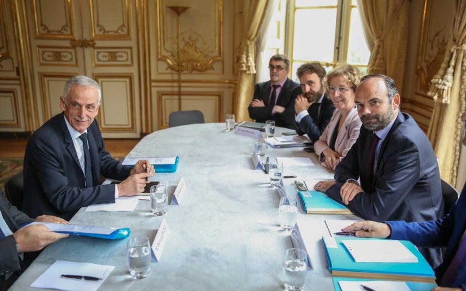 27/07 - Entretien entre le Premier ministre, la ministre du Travail et le Président de la CFTC