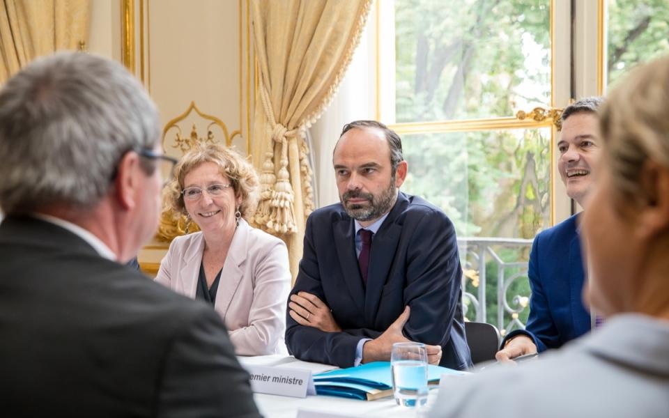 Le Premier ministre et la ministre du Travail reçoivent huit partenaires sociaux du 24 au 27 juillet à Matignon pour des entretiens