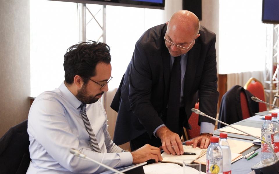 Mounir Mahjoubi et Stéphane Travert, lors du séminiare gouvernemental, le 1er juillet