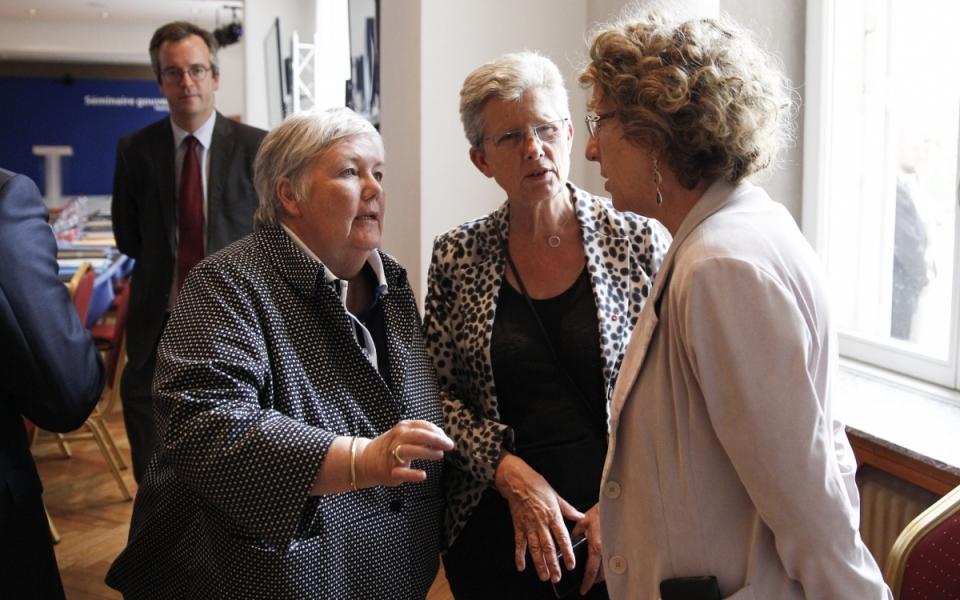 Mureil Pénicaud, Jaqueline Gourault et Geneviève Darrieussecq, lors du séminaire gouvernemental du 1er juillet