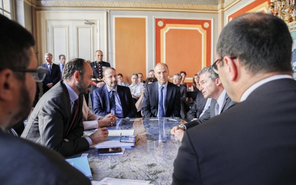 """Présentation par l'INSERM du Plan """"France médecine génomique 2025"""" et des deux projets retenus"""