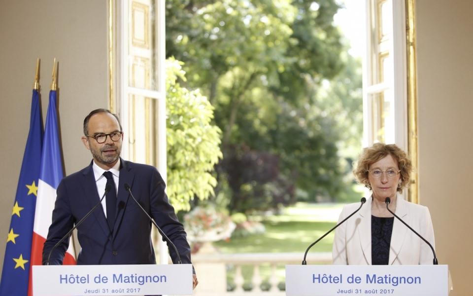 Le Premier ministre et la ministre du Travail présentent les ordonnances pour renforcer le dialogue social