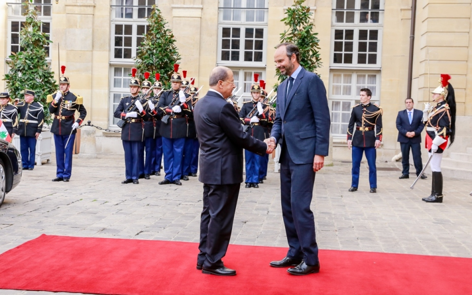Édouard Philippe welcomes Michel Aoun at Matignon
