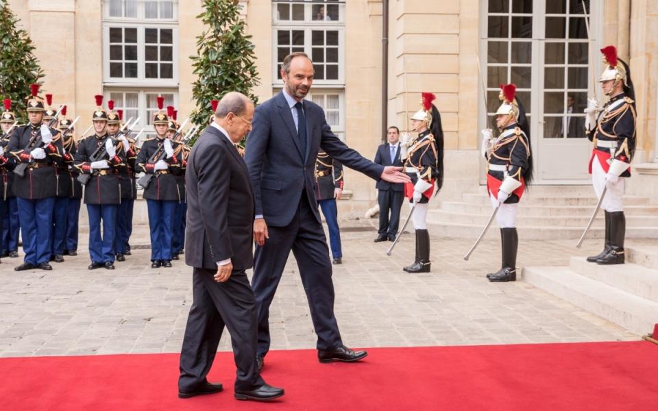 Édouard Philippe accueille Michel Aoun à Matignon