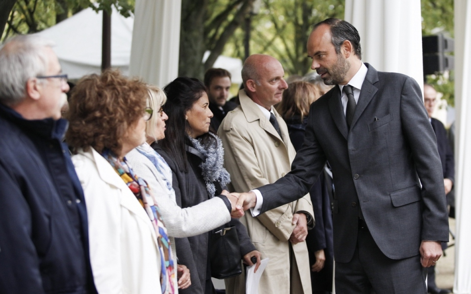 Edouard Philippe salue les représentations d'associations
