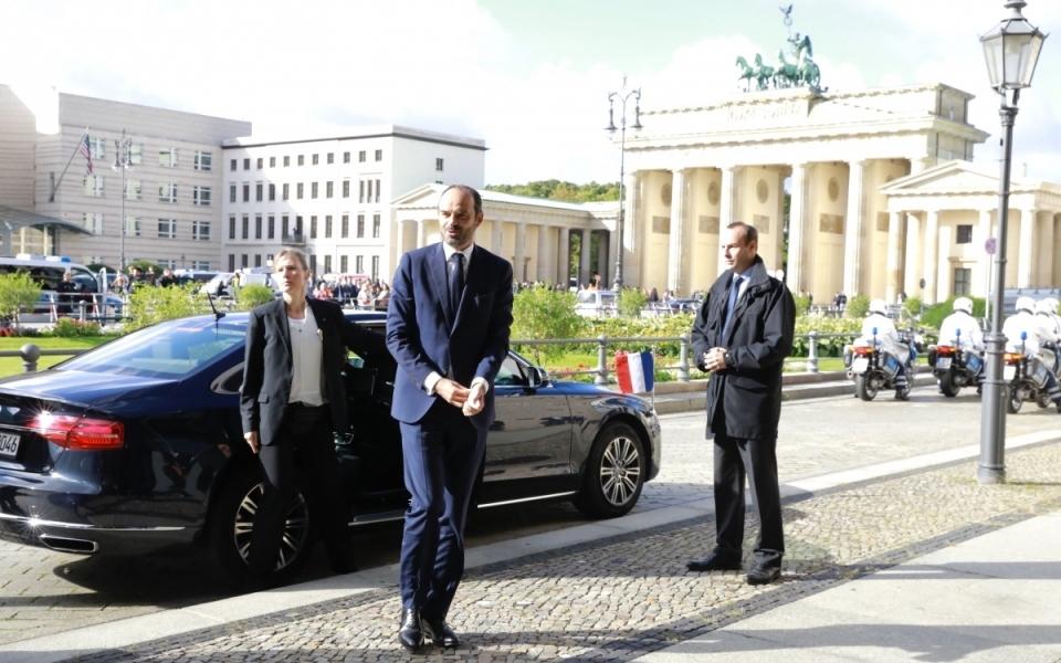 Édouard Philippe arriving in Berlin (Brandenburg Gate)