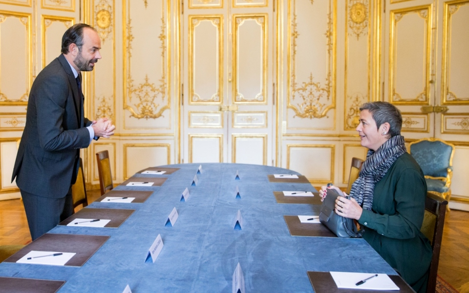 Édouard Philippe and Margrethe Vestager in the meeting room