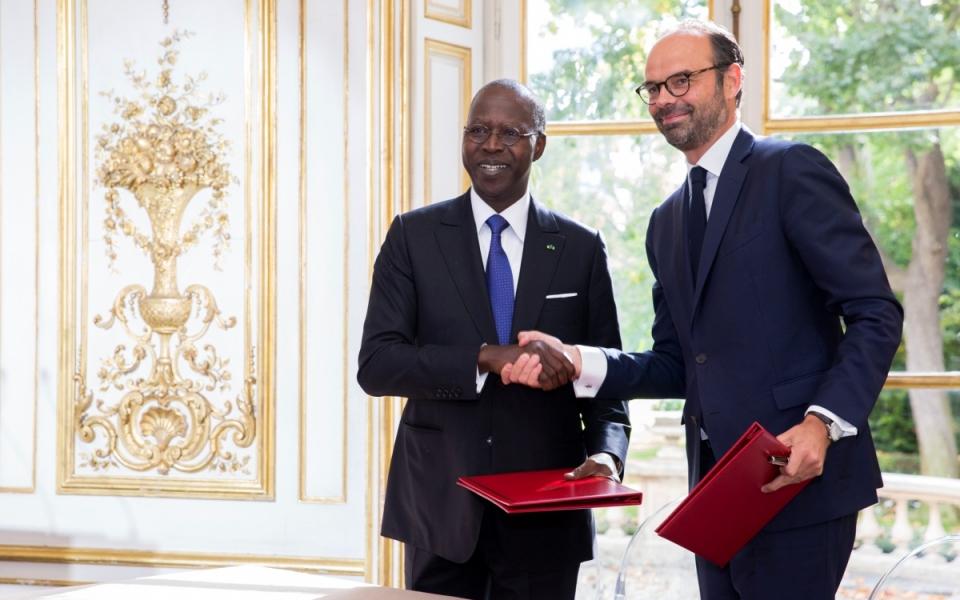 Signature d'accords entre les deux Premiers ministres