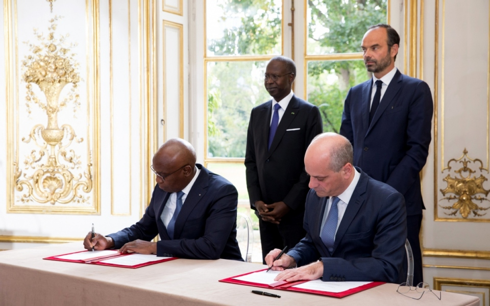The signing of agreements between Jean-Michel Blanquer, Minister of National Education and his Senegalese counterpart