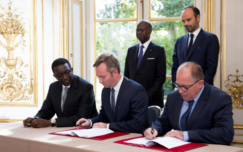 The signing of agreements between Jean-Baptiste Lemoyne, Minister of State, attached to the Minister for Europe and Foreign Affairs and his Senegalese counterpart
