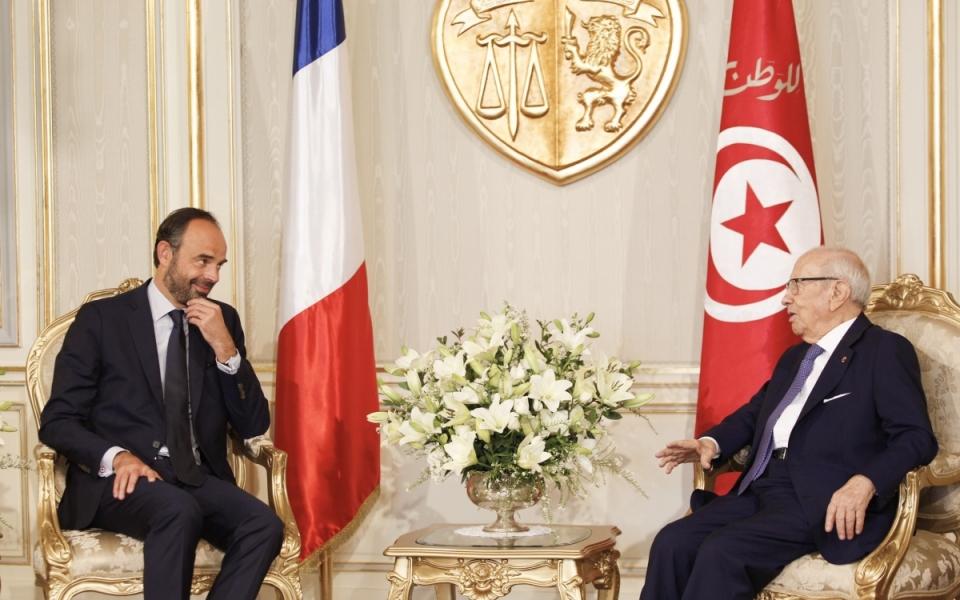 Édouard Philippe in conversation with Beji Caïd Essebsi