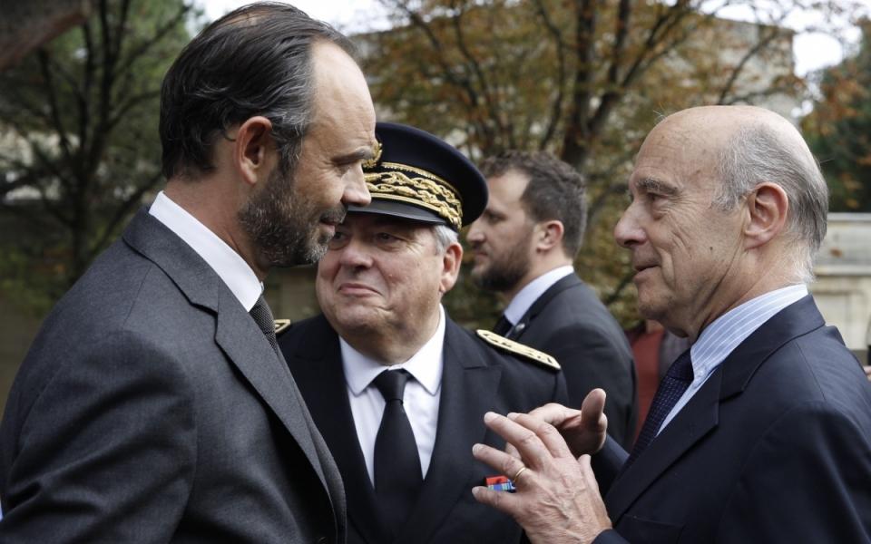 Accueil du Premier ministre par Alain Juppé, maire de Bordeaux