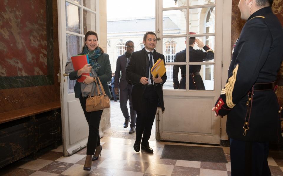 Agnès Buzyn et Gérald Darmanin arrivent à l'Hôtel de Matignon