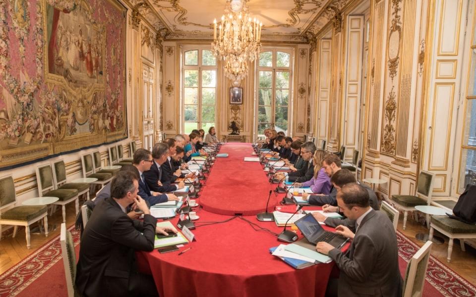 L'ensemble du comité.